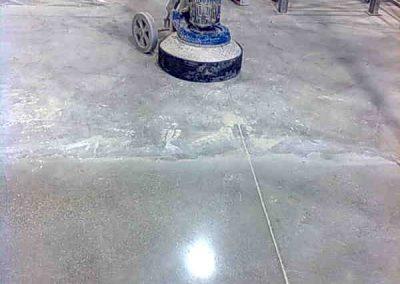 galleria-09-lucidatura-pavimenti-industriali-levigatura-pavimenti-gennari