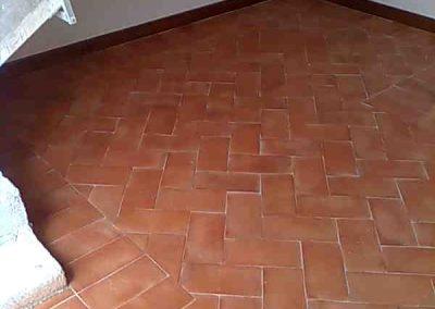 galleria-09-lucidatura-pavimenti-trattamento-cotto-levigatura-pavimenti-gennari