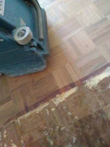 galleria-20-lucidatura-pavimenti-ripristina-legno-levigatura-pavimenti-gennari