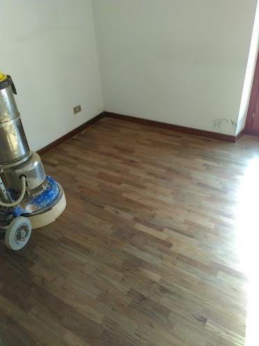 galleria-24-lucidatura-pavimenti-ripristina-legno-levigatura-pavimenti-gennari