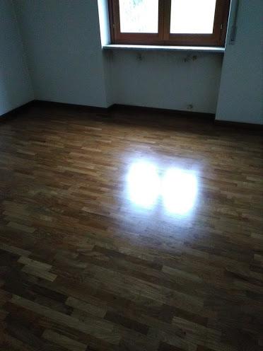 galleria-25-lucidatura-pavimenti-ripristina-legno-levigatura-pavimenti-gennari